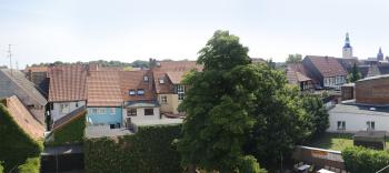 Innenhof Ausblick über die Dächer der Stadt