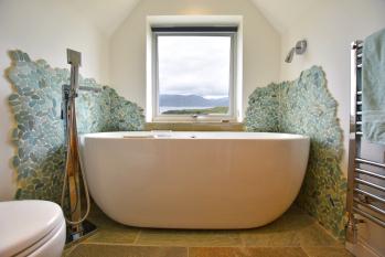 Bijou bath with a view