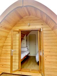 Cabin-Ensuite with Shower-Countryside view-Twin Glamping Pod - Base Rate