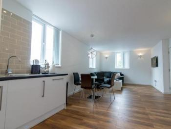 Apartment-Ensuite with Bath-Occupancy 4