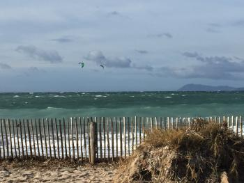 L'Almanarre, plage mythiques pour planchistes et kiters