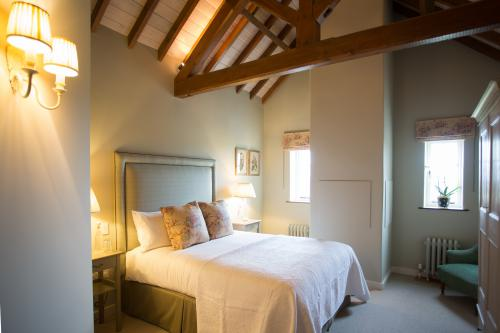 Double room-Luxury-Ensuite-Priory - Base Rate