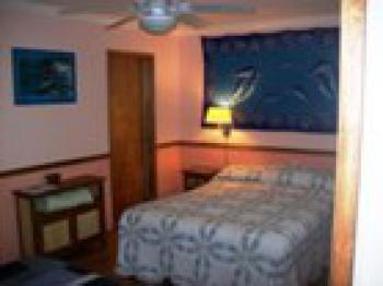 Naia Room(Dolphin);-Triple room-Ensuite-Oversized-Garden View