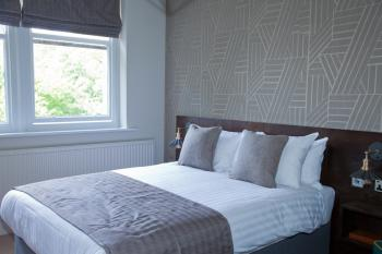 Single room-Traditional-Ensuite with Shower-No view-Single Ensuite Shower - Base Rate
