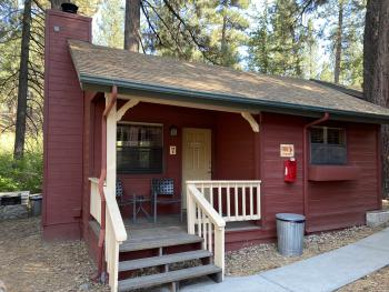 1 Bedroom Cabin with Kitchen & Fireplace at Cozy Hollow 7 -