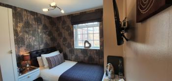 Single room with full En-suite