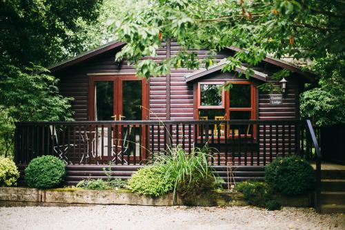 Apartment-Standard-Ensuite-Garden Lodge - Base Rate