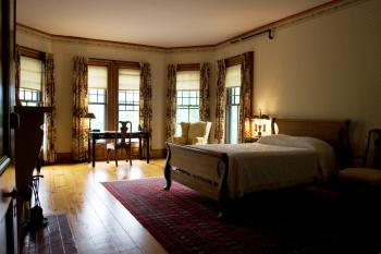 The River Room at The ELMS B&B
