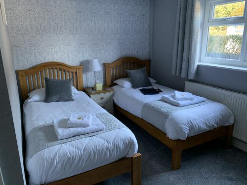 Twin room-Premium-Ensuite with Shower