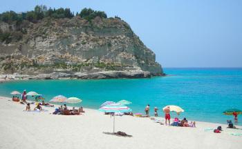 Feinsandiger Strand Tropea © Ferienwohnung Casa Belle Vacanze