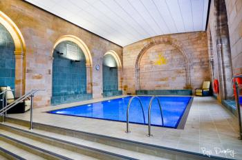 The indoor pool, sauna and steam room in the old chapel are wonderful after a long day's walk!