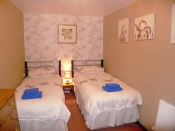 Carreg Bwa Twin Bedroom