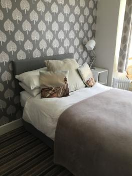 Single room-Ensuite with Shower-Street View-Hemsby - Base Rate