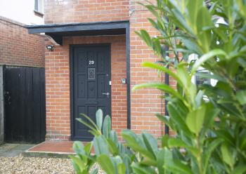 Ruby House - 3 bedrooms, 1 bath/showerroom , 2 toilets, modern kitchen, utility room