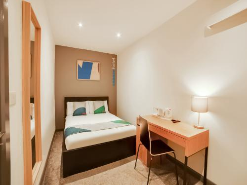 Double room-Ensuite-Compact - Base Rate
