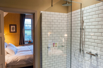 King-Superking-Ensuite with Shower-Countryside view-Cosy