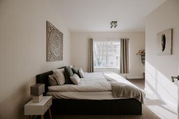 Primrose Apartment -