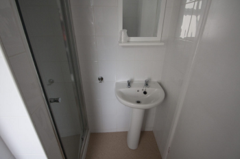 Standard-Ensuite-Single room