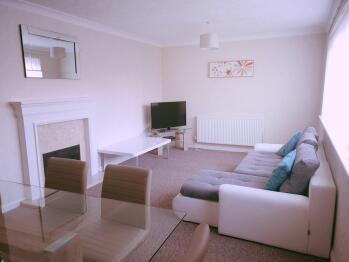 Coco Vanilla House at Bamburgh Drive - Living room
