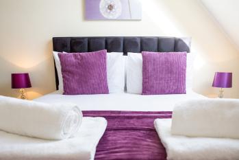 Velvet 2-bedroom apartment Clock House - Hoddesdon - Bedroom 2