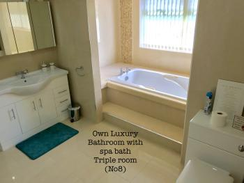 Bathroom to Triple Room No 8 (not en-suite) but private