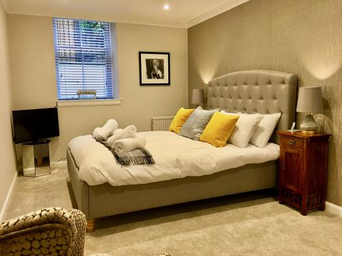 Spacious King size Bedroom with Ensuite