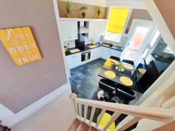 Buttercup Suite Sasco Apartments -