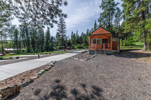 Eagles Nest-Premium-Cottage-Private Bathroom-Lake View