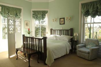 Double room-Deluxe-Ensuite with Shower-Garden View-Green - Base Rate