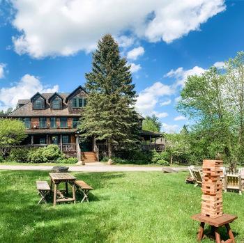 Hotel Mountain Brook Lawn