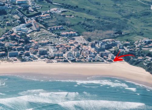 La Surfería Suances Hotel en la playa