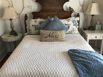 Queen-Ensuite-Standard-The Nest