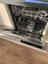 Integrated dishwasher in lavender and sunflower lodge