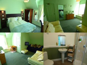 Double room-Ensuite with Shower-Street View-Room 9