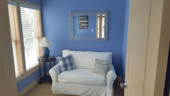 Blue-Double room-Ensuite-Standard-Courtyard view - Base Rate