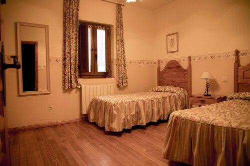 Apartamentos La Gloria en Santillana del Mar Cantabria