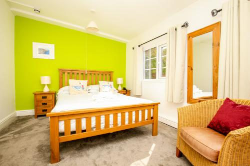 Double room-Superior-Ensuite-Garden View-Room 4 - Base Rate