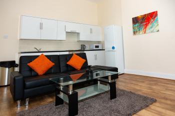 Apartment-Executive-Private Bathroom-B