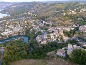 Village & lac d'Esparron