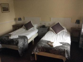 Twin Ensuite Room Only - non refundable