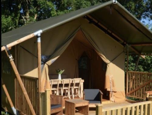 Tent-Luxury-Private Bathroom-Countryside view-Safari Tent