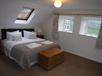 Snowdrop Cottage bedroom