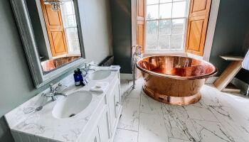 Cairmore - Copper Roll-Top Bath Tub
