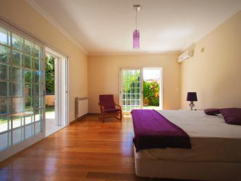 Double room-Premium-Ensuite with Bath-Garden View-Lisboa
