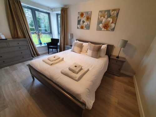 Apartment-Private Bathroom-Terrace-AC03 - Base Rate