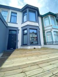 Kensington Suite Sasco Apartments -