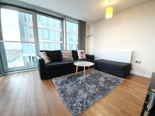 Apartment-Ensuite-2 Bed 2 Bath Long Term - Base Rate