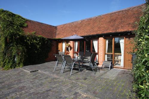 Whitley Elm Cottage - Viola Cottage
