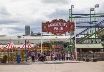 Codonas Amusement Park at Aberdeen Beach, roller coaster, big wheel with indoor adventure golf and tenpin bowling