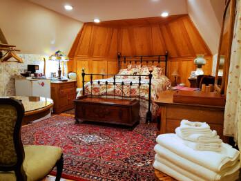 Forrest Room-Quad room-Ensuite-Standard